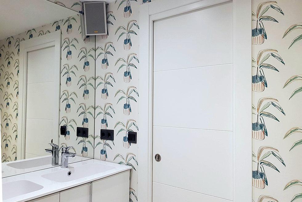 papel pintado para baño